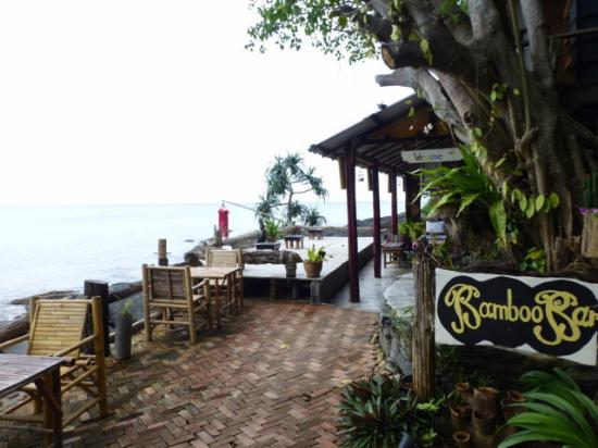 Bamboo Bay Resort: Zur Bar