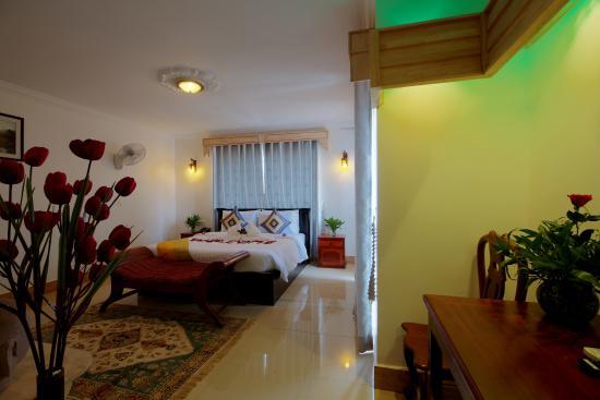Tareach Angkor Villa : Deluxe Double without balcony.