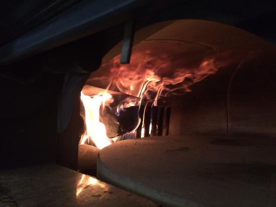 La Casa Pizz : Au feu de bois
