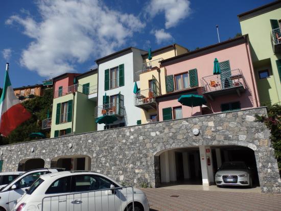 Emejing Residence Le Terrazze Portovenere Images - Design Trends ...