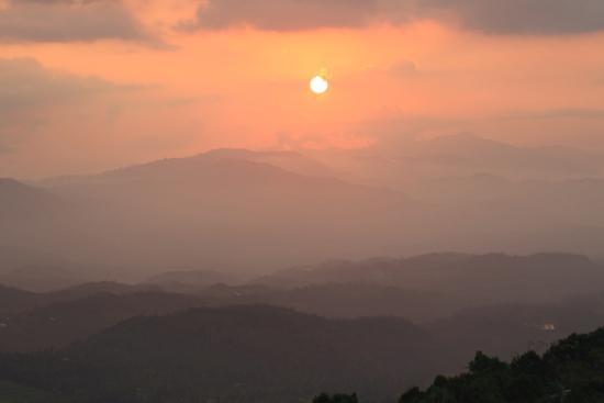 Aditya Homestay : sunset