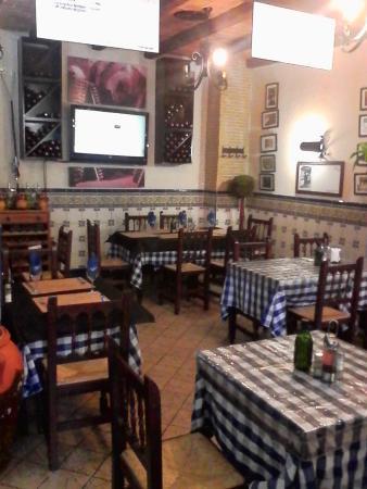 Restaurante Universal Pacoche: Sala amplia