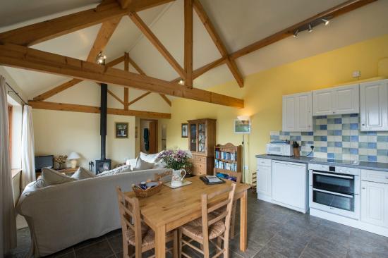 Shelve, UK: Cranberry Cottage dining area