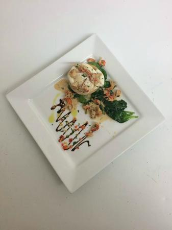 Hawkesbury Upton, UK: Poched egg and cray fish tails