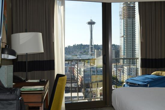 Warwick Seattle View Of Room