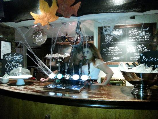 Rose and Crown Public House: 20151031_190159_large.jpg