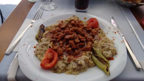 Palato Cafe Restaurant: Berinjela com carne.