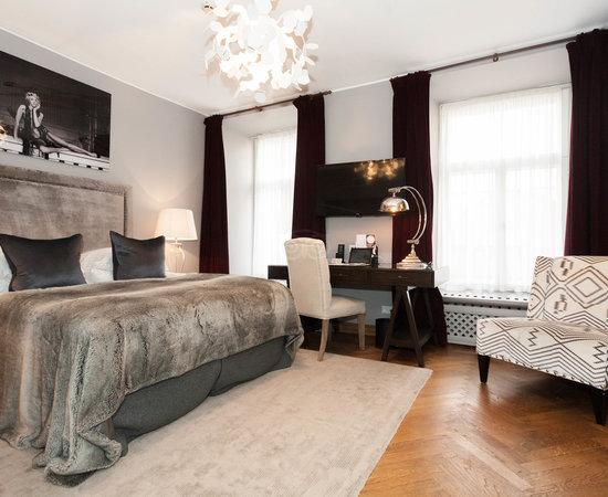 St. Petersbourg Hotel, hoteles en Tallin