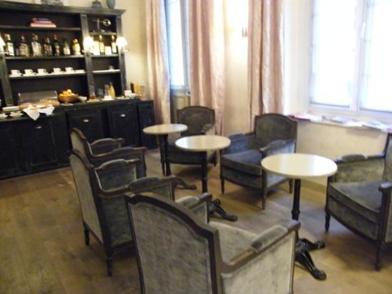 Royal Magda Etoile Hotel: lobby / breakfast room...