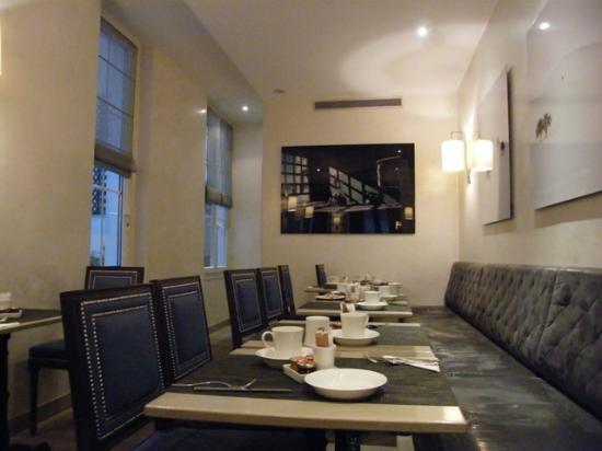Royal Magda Etoile Hotel: breakfast room...