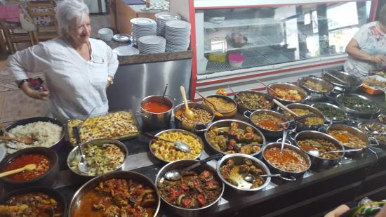 Bizim Ev Hanimeli Restaurant: Wide variety of dishes