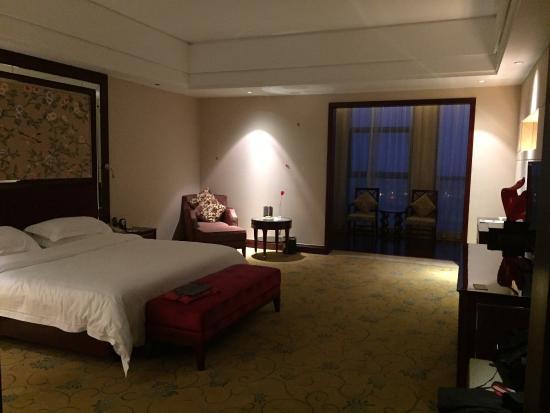 Liancheng Huatian Hotel