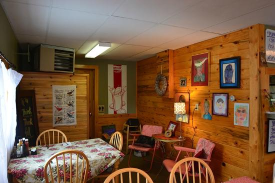 Mama B's Kitchen Dining Area, Hot Sulphur Springs, CO