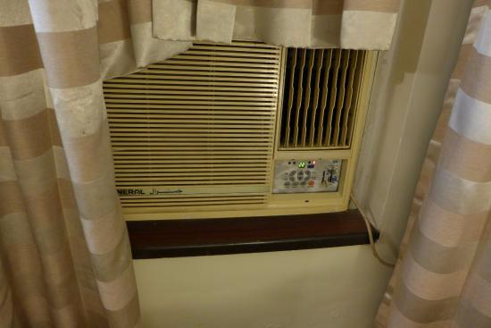 The Residence Hotel & Apartments: room AC