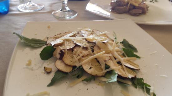 Villa San Pietro, Ιταλία: insalato di funghi porcini