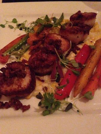 Fathom : pan seared scallops, must have