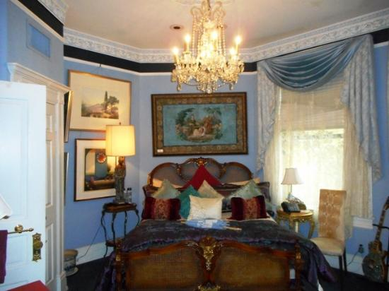 The Mansion on O: One of the many bedrooms.