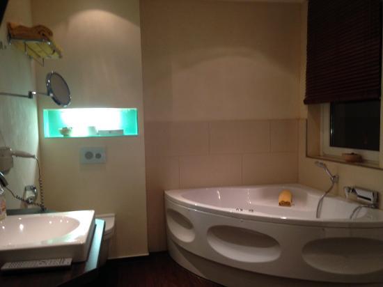 Hotel Met Jacuzzi In Slaapkamer : De rest van de slaapkamer - Bild von ...