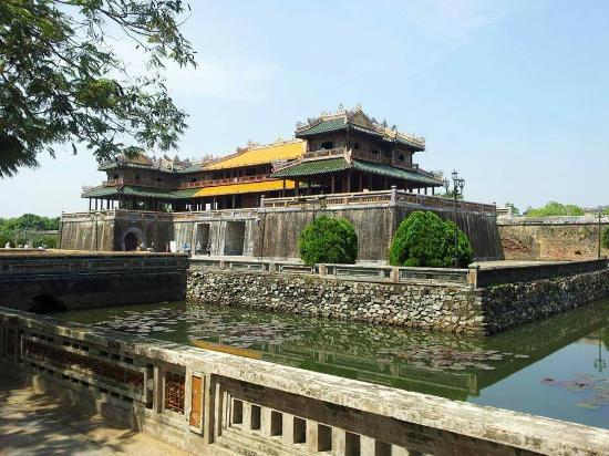 my experience in the city of hue Thank you for booking with beebee travel we would like to confirm your participation on our hue city walking tour please meet us up at tipsy pub n bistro, 16 pham ngu lao street at 10 am check your spam box for our email confirmation thank you and see you soon beebee team.