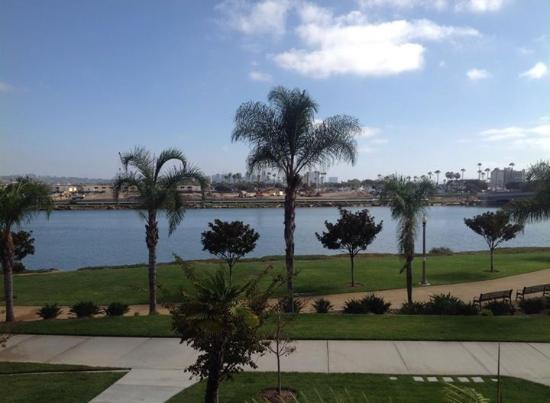 Courtyard San Diego Airport/Liberty Station: Beautiful view from patio