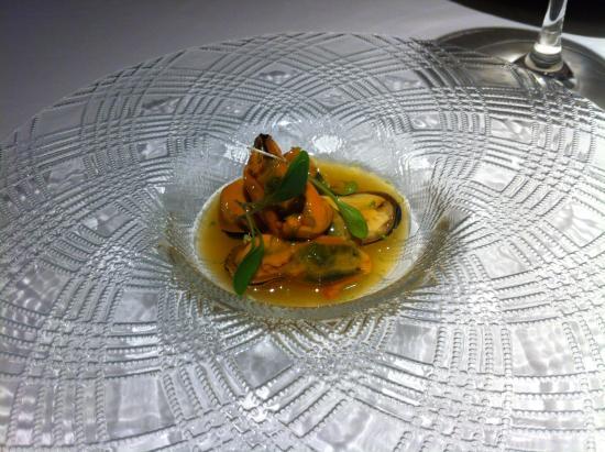 Mejillones con c tricos un buen aperitivo picture of - Massana restaurant girona ...