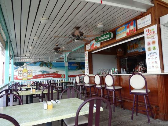 la terrasse picture of le med mediterranean restaurant freeport tripadvisor. Black Bedroom Furniture Sets. Home Design Ideas