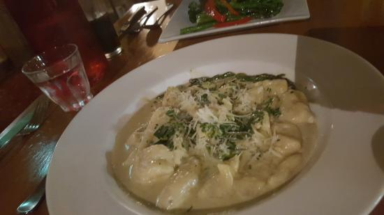 St Mounts Boutique Hotel & Trattoria : Gnocchi Gorgonzola