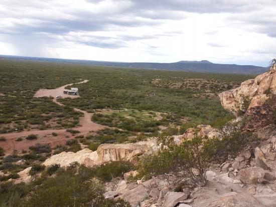 San Rafael, Argentina: vista panoramica desde la salida de la cueva