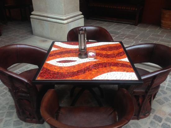 Hotel Casa Primavera: テーブル