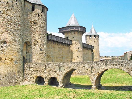 carcassonne picture of chateau et remparts de la cite de carcassonne carcassonne center. Black Bedroom Furniture Sets. Home Design Ideas