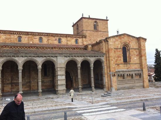 Facade - Picture of Basilica de San Vicente, Avila ...