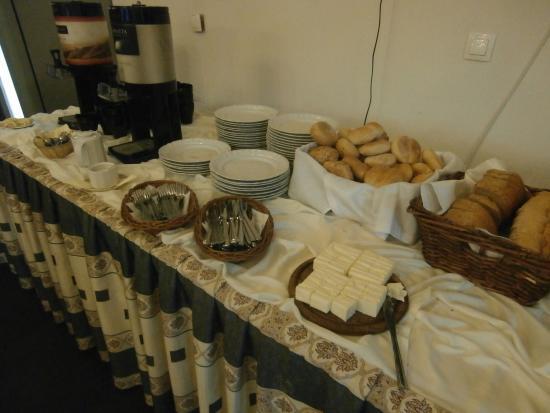 Osiecznica Zamek Kliczkow stable area bldg 2 breakfast
