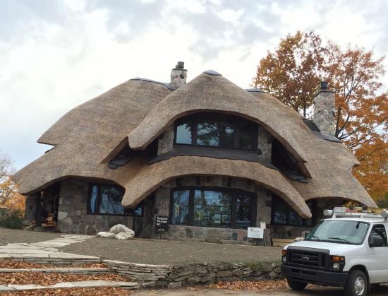 Charlevoix, MI: Mushroom house