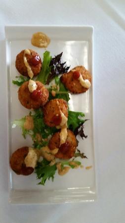 Βόρεια Augusta, Νότια Καρολίνα: Shrimp and grits cakes!  These were by far the best!