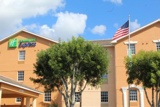 Holiday Inn Express Bonita Springs: hotel