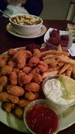 Town Creek, AL: Delicious popcorn shrimp and gumbo!