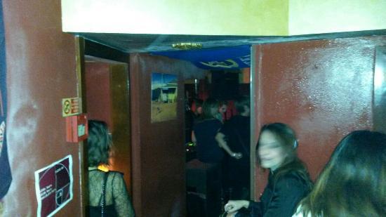 Batik Pub