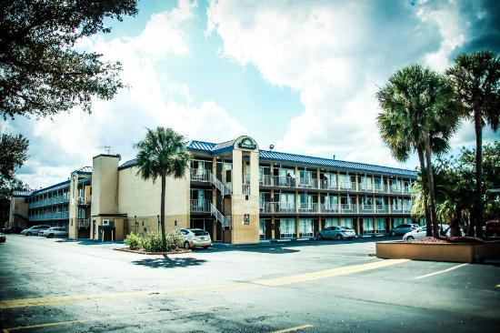 Picture 7 Days Inn North Tampa Near Busch Gardens Tampa