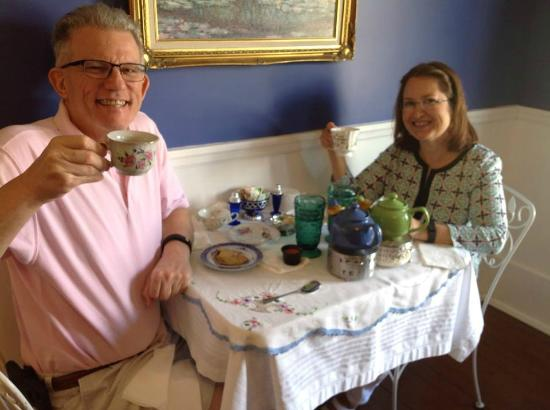 The Tilted Teacup Tea Room and Boutique: Couples Tea