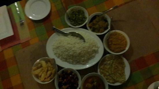 Le Grand Meaulnes - Family Hotel: Sri Lankan Food