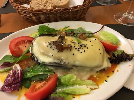 Paradis: Plats menú cap de setmana 17,95€