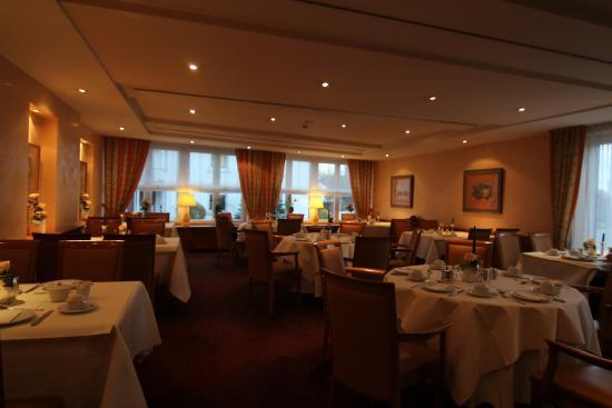 Restaurant Kunz einer der speisesälle bild hotel restaurant kunz pirmasens