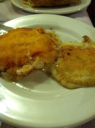 Tsoumanis Christoforos Restaurant: Amazing Food in Vikos.  Sad that it still does not show up on trip advisor map.