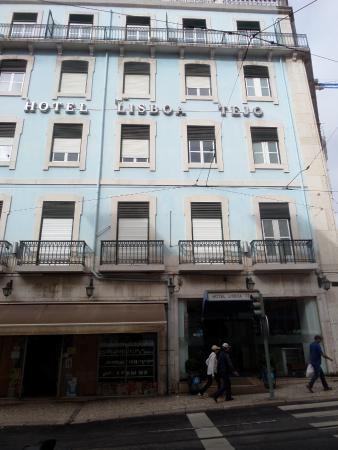 Hotel Lisboa Tejo: front