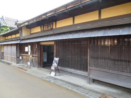 Street of Matsusaka Marchant: 落ち着いた家並みが続く