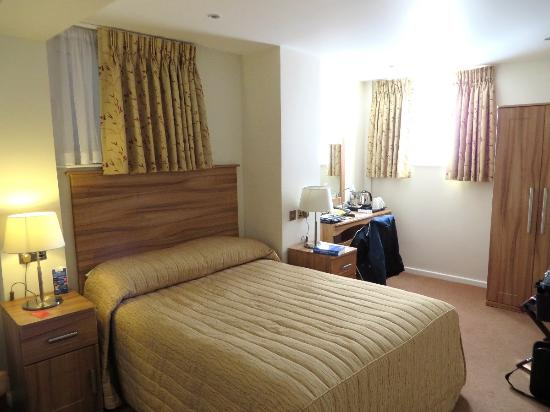 Great Rooms Picture Of Victory Services Club London