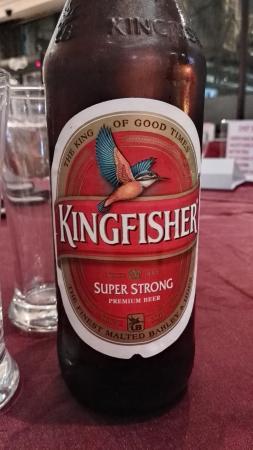 Cross Roads Bar & Restaurant: good beer