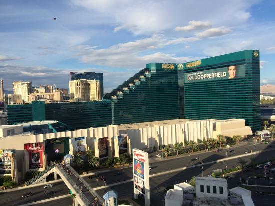 Zimmerausblick - Picture Of Tropicana Las Vegas