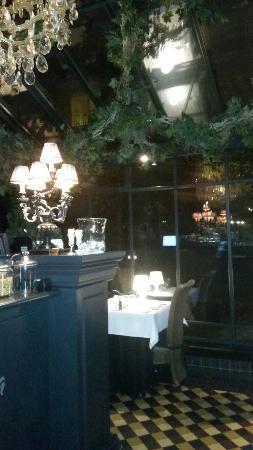 Pergola Restaurant: 20151107_213526_large.jpg