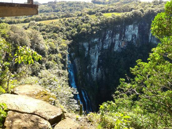 Cachoeira dos Tres Monges